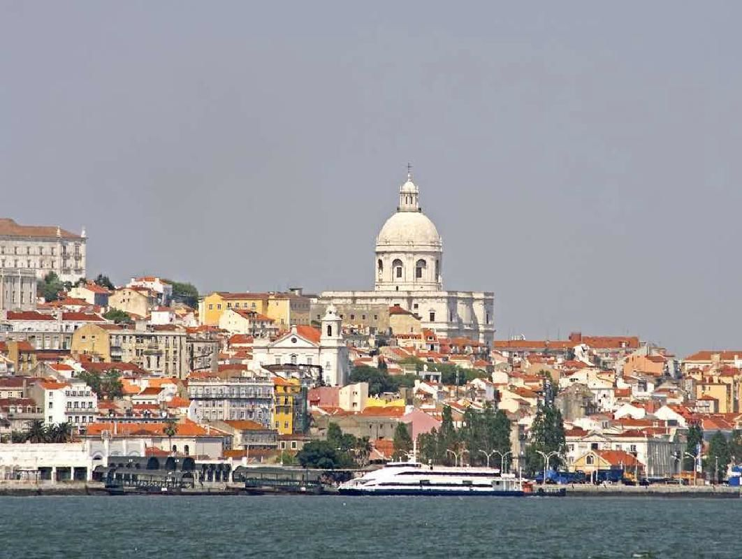 Lisbon Walking Tour in a Small Group with Food Tastings and Ferry Ride
