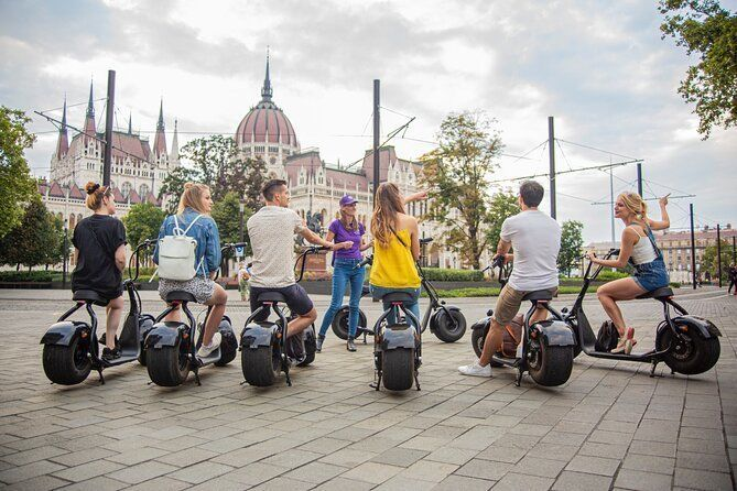 Budapest Downtown and Inner City E-Scooter Tour