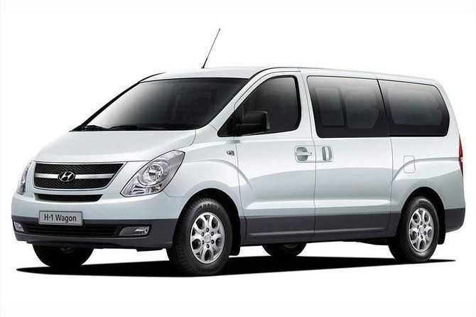 Departure Private Transfer: Guayaquil City to Guayaquil Airport GYE by Minivan