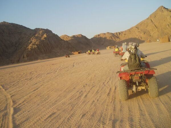 Hurghada Safari by Quad Runner sunrise trip