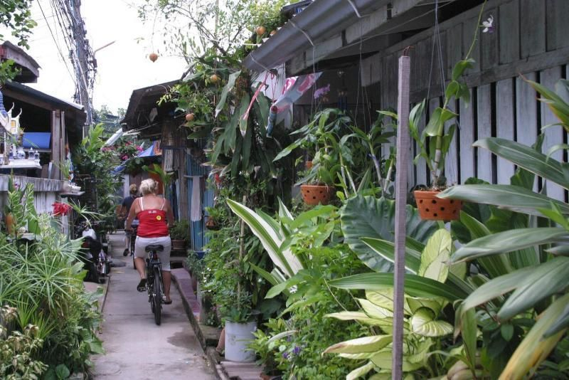 The colours of Pattaya - Discover the unknown Pattaya on a bike