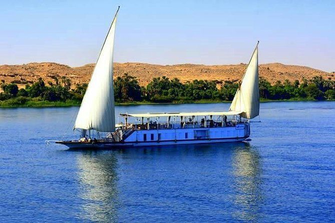 4 Night - 5 Days Dahabiya Nile Cruise & Guided Private Tours