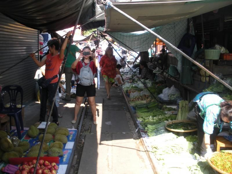Excursion Bangkok - Talad Rome Hoob Market, Floating Market and Klong Kone