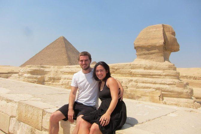 Cairo Day Tour from Sharm with Domestic Flight and Airport Transfer