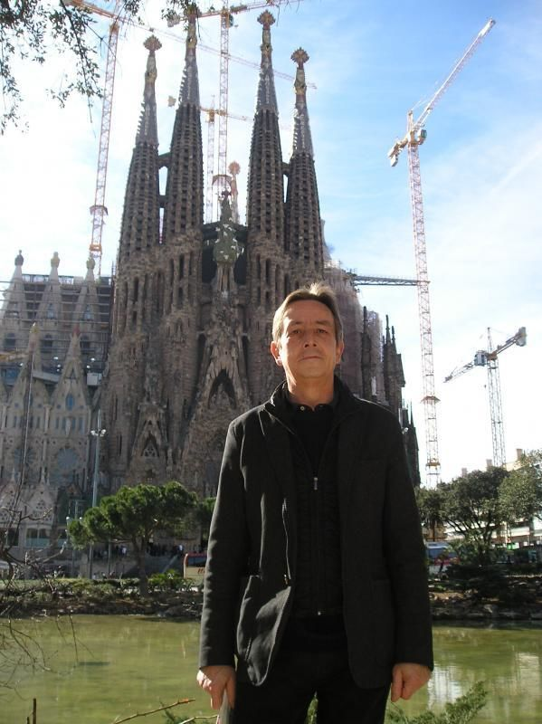 Full-day tour Barcelona - Antoni Gaudì