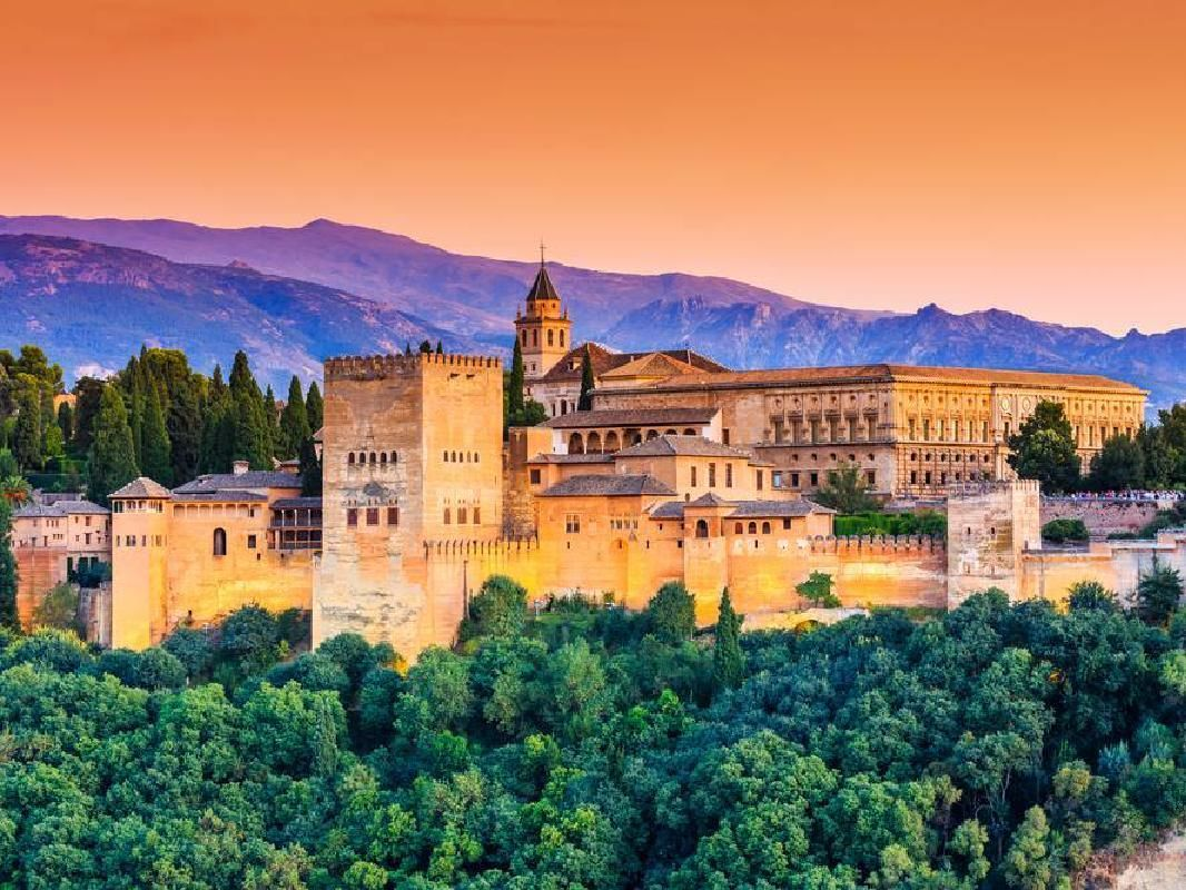 Alhambra Guided Tour with Hammam Al Andalus Granada Arabian Baths Combo Tour