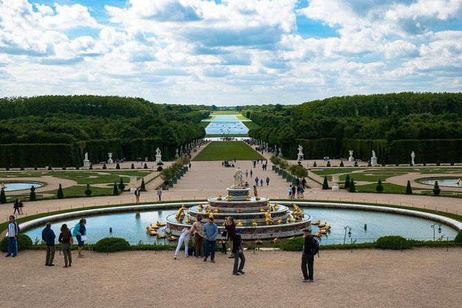 Versailles Monarchy from Paris