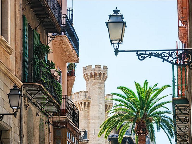 Guided tour of the historic centre of Palma de Mallorca